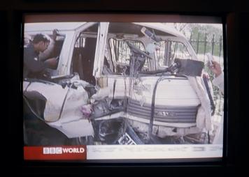 2 s.t. (TV Wars II) 2005-2011 57x80cm